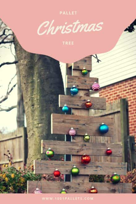 Branch-starred Pallet Christmas Tree