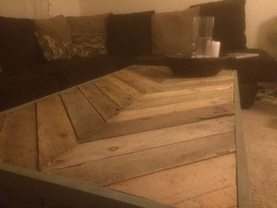 A beautiful reclaimed Pallet Chevron Coffee Table suitable for both indoors or outdoors!