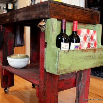 Pallet Island for Your Kitchen