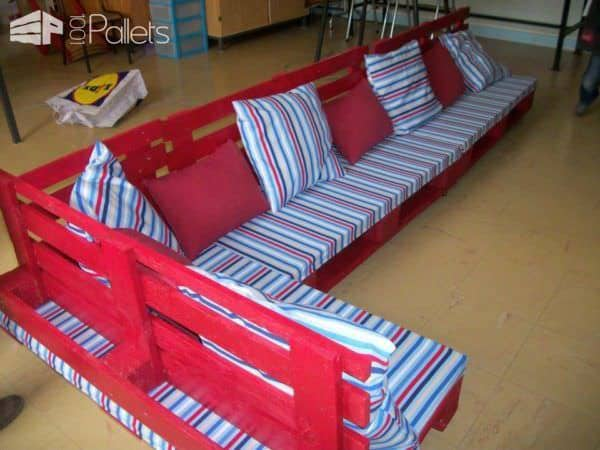 Pallet Reading Corner For A School Benches & Chairs Fun Crafts for Kids