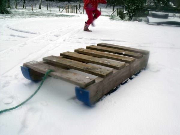 Pallet Snow Sledge Fun Pallet Crafts for Kids