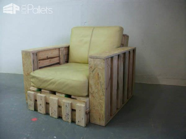 Pallet Sofa & Armchair from Repurposed Pallets Pallet Benches, Pallet Chairs & Stools Pallet Sofas