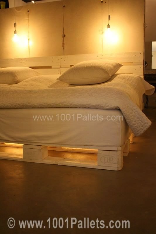 Simple Pallet Bed DIY Pallet Beds, Pallet Bed Frames & Pallet Headboards