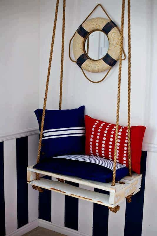 Pallet Swing for a Nice Boat Atmosphere Pallet Benches, Pallet Chairs & Stools