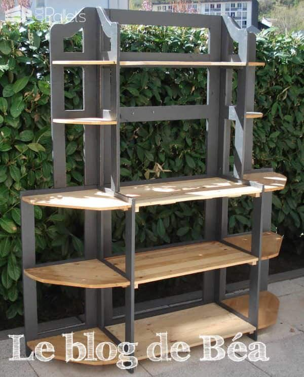 Diy: Shelf Made of Reclaimed Pallet Wood Pallet Shelves & Pallet Coat Hangers