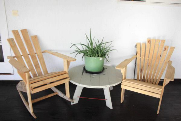 Outdoor Pallet Lounge Pallet Benches, Pallet Chairs & Pallet Stools