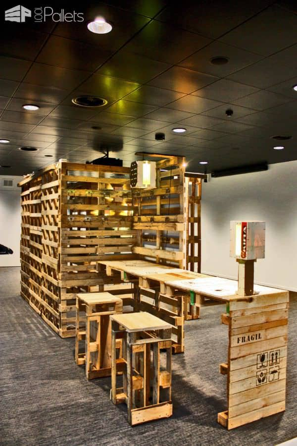 Pallets Installation Pallet Store, Bar & Restaurant Decorations