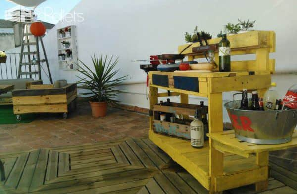 La Precaria: Pallet Outdoor Kitchen Lounges & Garden Sets