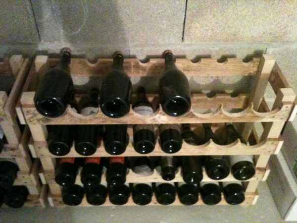 Pallet Wine Storage Rack Shelves & Coat Hangers