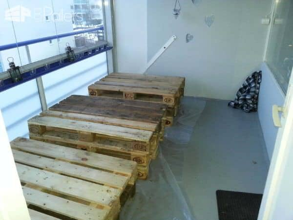 Balcony pallets lounge 1001 pallets - Lounger for the garden crossword ...