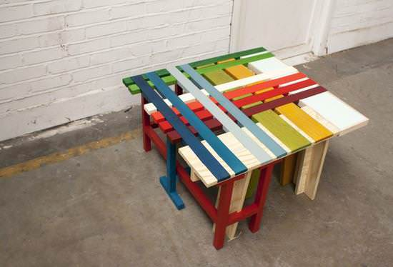 Colored Pallet Table Pallet Desks & Pallet Tables