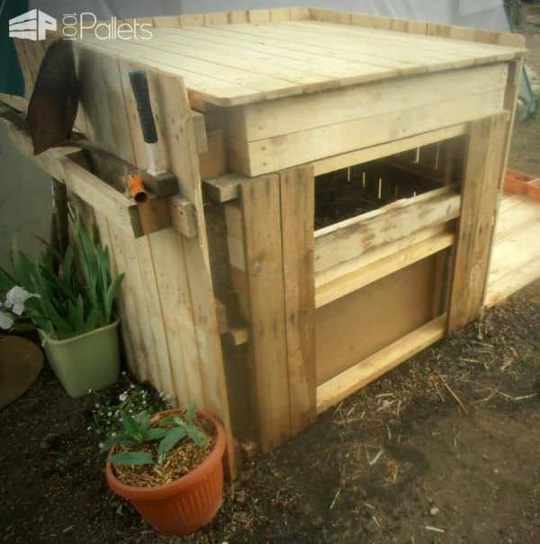Easy Upcycled Pallet Into Compost Bin Pallet Planters & Compost Bins