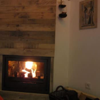 Fireplace Decor With Pallet Planks