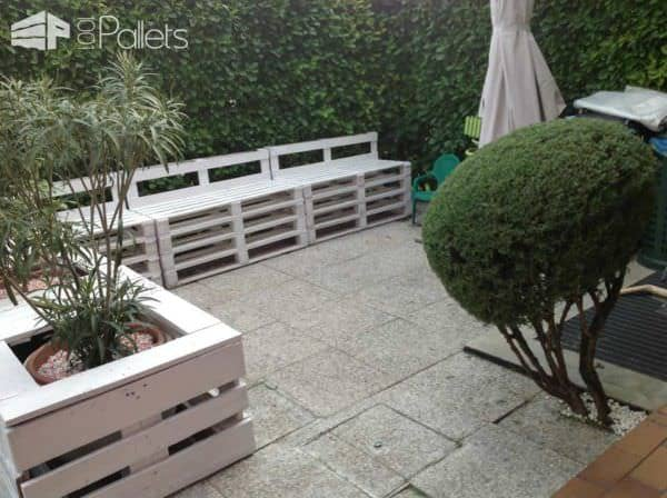 Pallet Sofa & Planter in the Garden Lounges & Garden Sets
