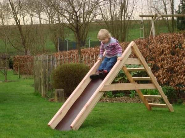 Pallet Toboggan Fun Pallet Crafts for Kids