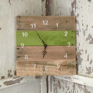 Reclaimed Pallet Clocks 1001 Pallets