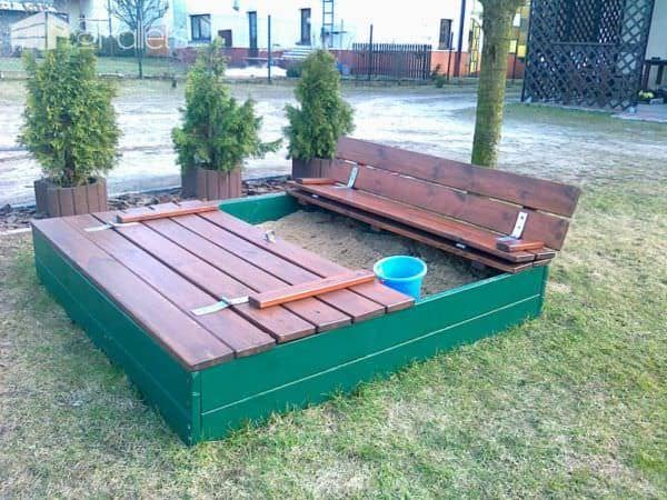 Sandpits Made Out Of Recycled Pallets Fun Pallet Crafts for Kids