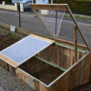 Pallet Greenhouse For 10$