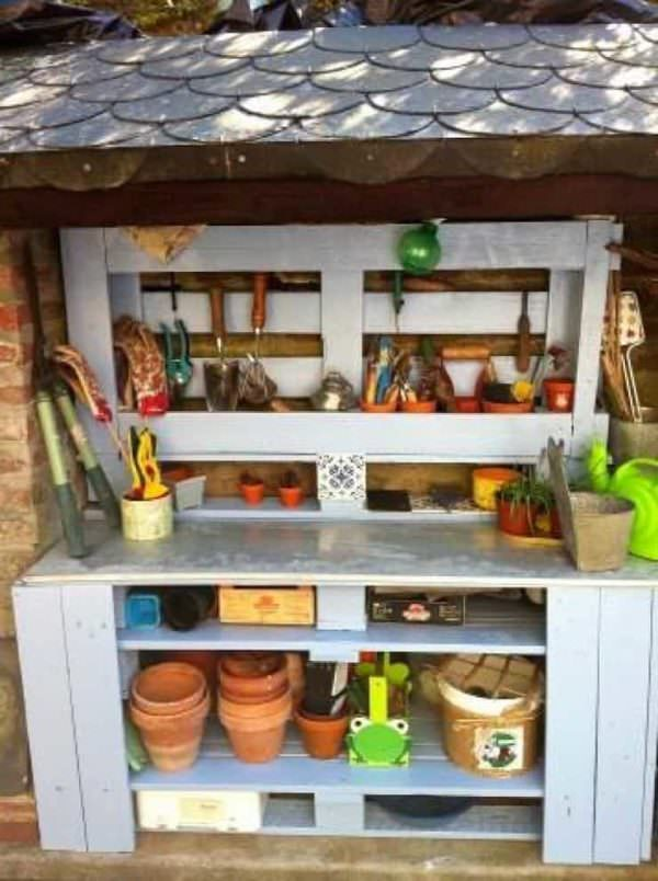 Garden Potting Bench From Pallets Pallets in the Garden
