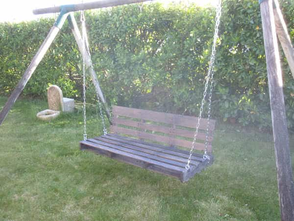 Garden Swing Armchair Made With Upcycled Pallet Pallet Benches, Pallet Chairs & Stools