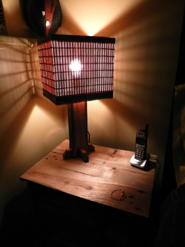 Lampe En Bois Recyclé / Lamp Made From Recycled Pallet Wood Pallet Lamps, Pallet Lights & Pallet Lighting