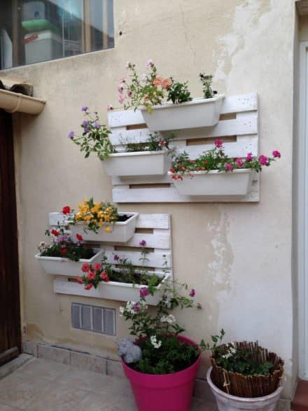 Pallet Floral Wall
