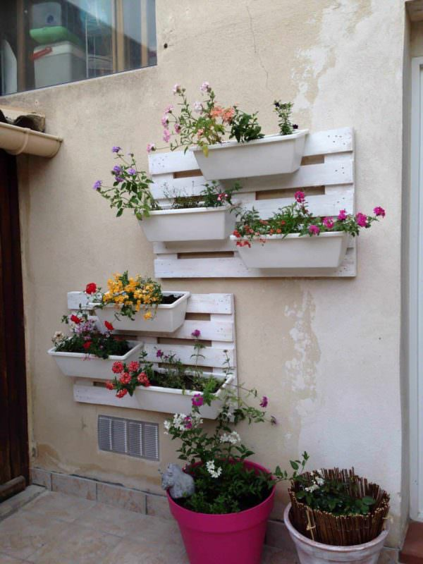 Pallet Floral Wall Pallet Planters & Compost Bins