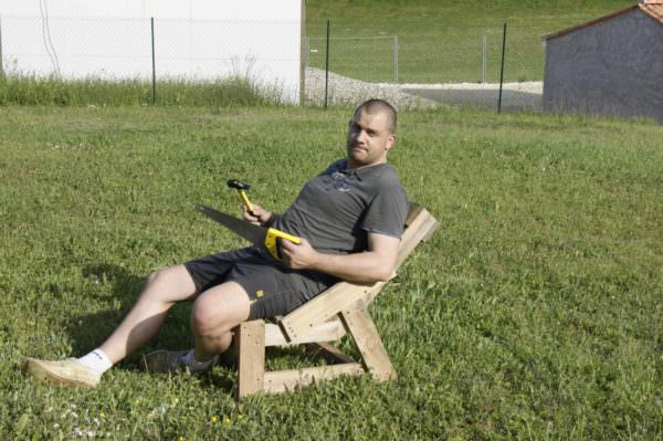 Pallet Garden Chair Made in 1h30 Min Pallet Benches, Pallet Chairs & Pallet Stools
