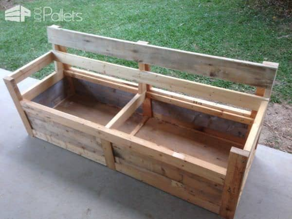 Patio chair storage box made with pallets 1001 pallets for Skid pallet furniture