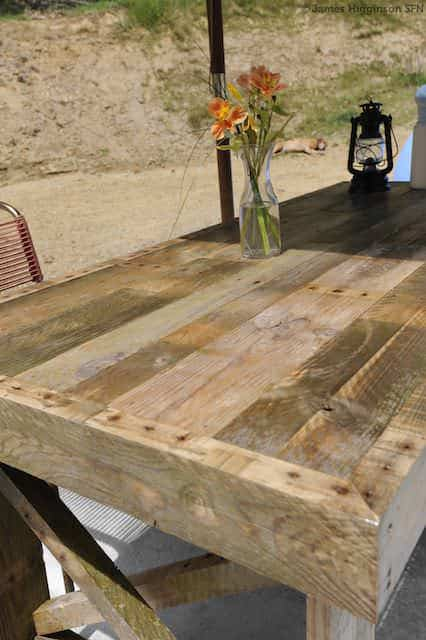 Recycled Pallet Dining Table Pallet Desks & Pallet Tables