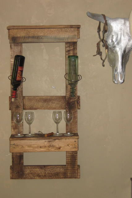 Wine Pallet Shelf Pallet Shelves & Pallet Coat Hangers