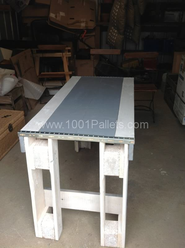 image4 e1369485391760 597x800 Pallet Kitchen Table in pallet kitchen pallet furniture  with Table Pallets Kitchen Furniture