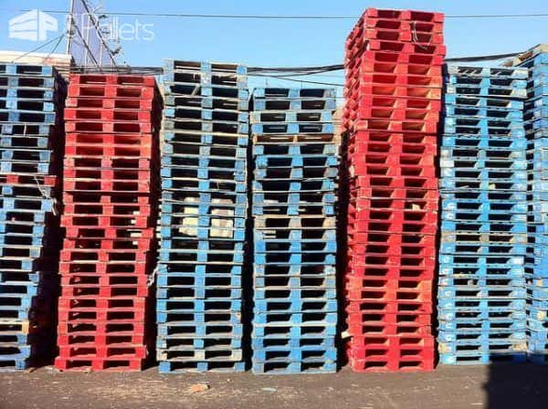 Understanding the Red and Blue pallet paints can keep you Safe. Remember: when in doubt; throw it out!