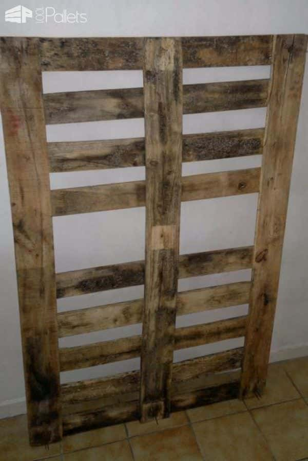 Kitchen Pallet Hanger Pallet Shelves & Pallet Coat Hangers