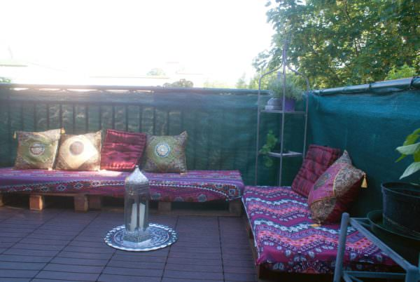 Oriental Terrace Sofa Out Of Recycled Pallets Lounges & Garden Sets Pallet Sofas & Couches