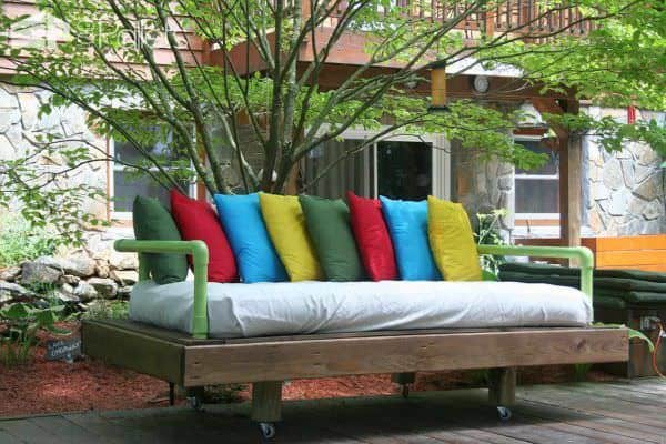 Original Dream Daybed Made With Pallets Pallet Sofas