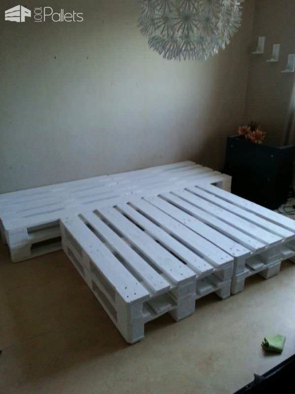 Pallet bed made out of repurposed wooden pallets 1001 for Skid pallet furniture
