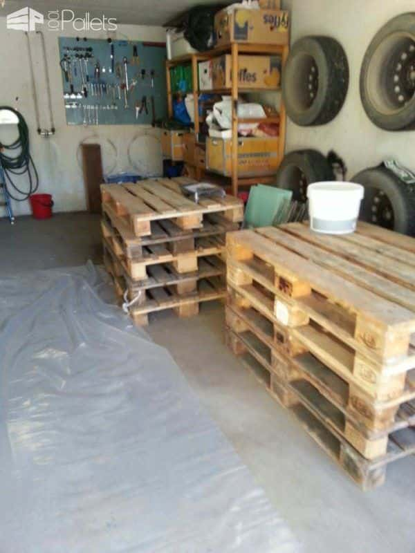 Pallet Bed Made Out Of Repurposed Wooden Pallets DIY Pallet Bedroom - Pallet Bed Frames & Pallet Headboards