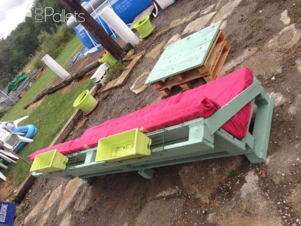 Pallet Garden Set (Sofa + Coffee Table) Pallet Coffee TablesPallet Sofas & CouchesPallets in the Garden
