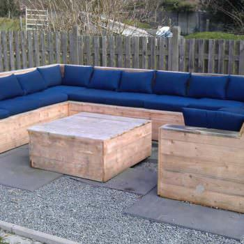 U Garden Set Made Out Of Repurposed Pallets