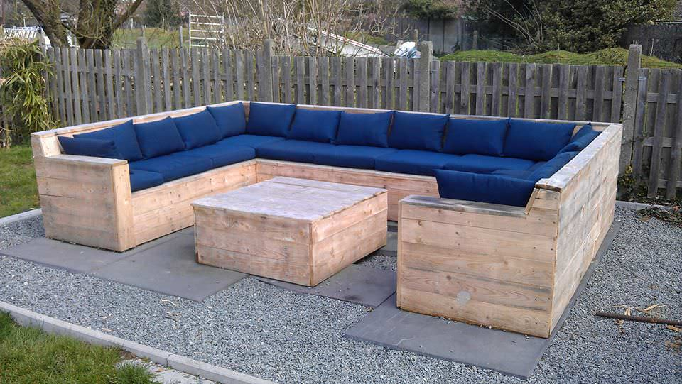 Interesting How To Make Garden Furniture Made From Pallets