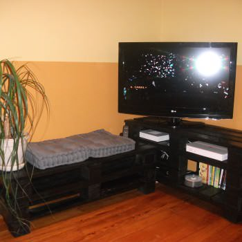 TV Stand From Wooden Pallets