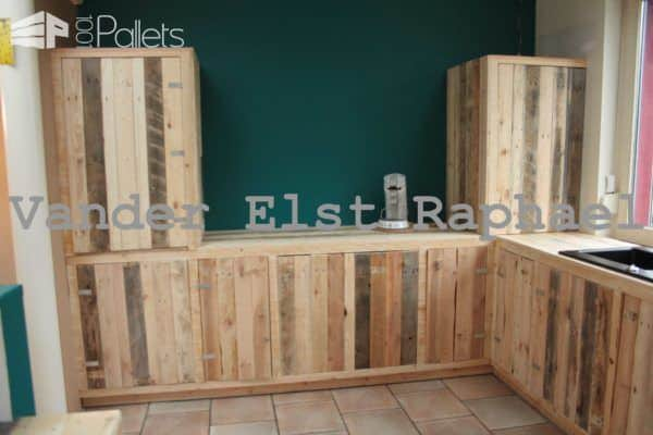 Kitchen Makeover With Recycled Pallets Pallet Cabinets & Pallet Wardrobes
