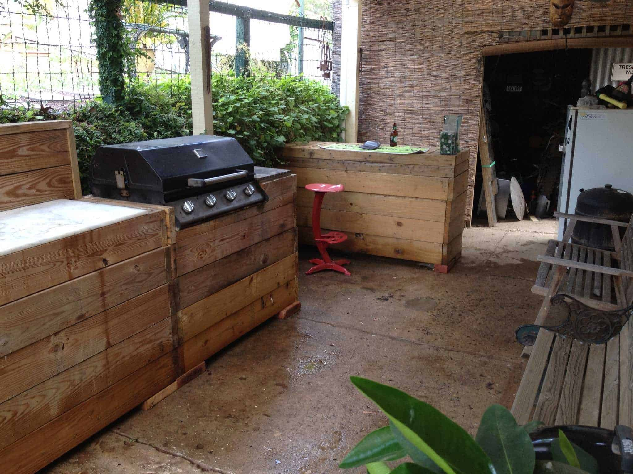 My Bar Amp Grill Made Out Of Recycled Pallets 1001 Pallets