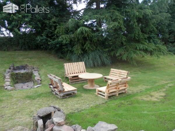 Outdoor Garden Set With Pallets Lounges & Garden Sets