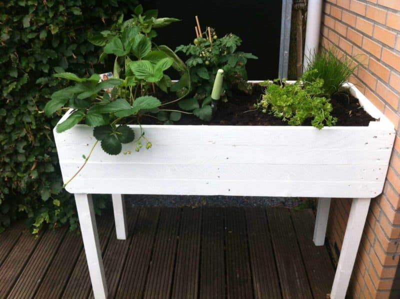 Pallet Herbs Table Planter 1001 Pallets