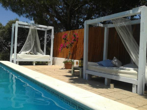 Luxury Pallet Sofas For Your Swimming Pool/Outdoor Lounges Pallet Sofas