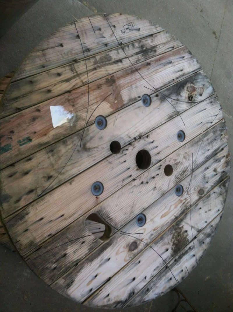 Table Made Out A Discarded Wire Spool • 1001 Pallets