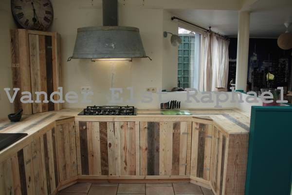 Kitchen Makeover With Recycled Pallets Cabinets & Wardrobes