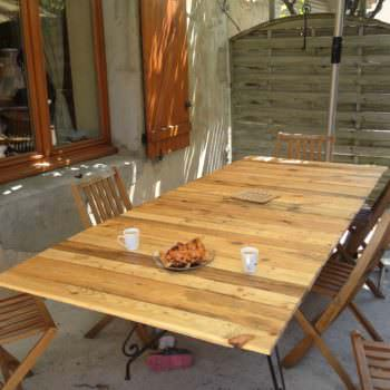 Pallet Table For 12 People